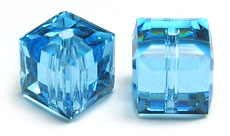 Swarovski Cube 5601 6mm Crystal Aquamarine